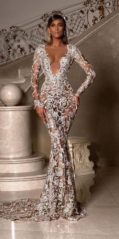 Lace wedding dresses have always been popular among brides. See every unique lace wedding dresses that will make you look amazing for your wedding! Prom Girl Dresses, Prom Outfits, Dream Wedding Dresses, Ball Dresses, Sexy Dresses, Bridal Dresses, Ball Gowns, Evening Dresses, Bridesmaid Dresses