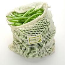 Use these organic cotton mesh produce bags again and again at the grocery store or farmers' market. Credobags Produce Bags are made in Canada. Developement Durable, Boutique Bio, Diy Sac, Produce Bags, Filets, Reusable Bags, Reusable Shopping Bags, Green Life, Large Bags