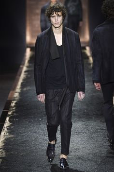 Berluti Fall 2016 Menswear Fashion Show