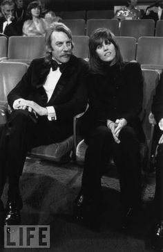Donald Sutherland and Jane Fonda, who play a detective and the prostitute who helps him in the envelope-pushing film Klute, sit together at the '72 ceremony. Fonda won Best Actress that night.