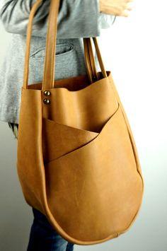 TAN LEATHER HANDBAG with Exterior Pockets/Large by NeroliHandbags