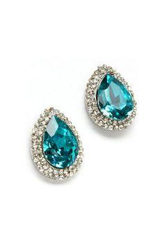 Raaaaaad, these are called Kali Teardrop Earrings Fashion Jewelry Necklaces, I Love Jewelry, Bling Jewelry, Jewelery, Jewelry Accessories, Fashion Accessories, Teardrop Earrings, Stud Earrings, Pantone