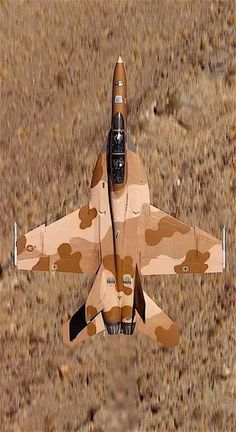 """Super Hornet (Aggressor - """"the enemy"""" in combat training.enemy and flight instructor on board). Us Military Aircraft, Navy Aircraft, Military Jets, Military Weapons, Military Vehicles, Air Fighter, Fighter Jets, Photo Avion, Jet Plane"""