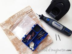 Take your crafting to the next level with @dremel and create wood signs you love! Full tutorial and review (with a video) #dremel #CleverGirls #MyBrilliantIdea
