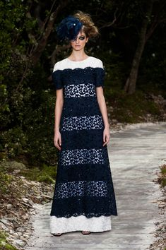 Chanel - Haute Couture - Spring 2013 - Spring 2013's Most Beautiful Haute Couture Gowns - StyleBistro