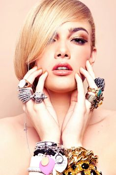 `Deluxe Shades` beauty editorial photographed by Kim Buckard for StyleOlogy Magazine