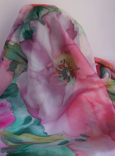 Painted silk shawl, silk hand painted, silk pink women scarf, gift, jeanne. étole  soie ... 90dbb69e4ca