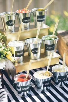 20 Hinterhof-BBQ-Ideen für Ihre nächste Sommerparty – 20 backyard BBQ ideas for your next summer party – Related posts: How great is this patriotic backyard summer BBQ party! See more party ideas at C… Backyard BBQ Summer Party Ideas Soirée Bbq, I Do Bbq, Backyard Barbeque Party, Backyard Burger, Fun Backyard, Backyard House, Rustic Backyard, Summer Bbq, Summer Parties