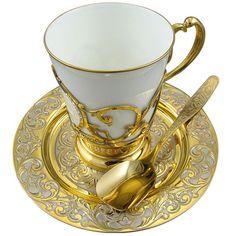 bella taza rusa para el café