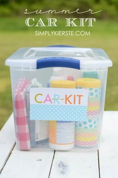 Make sure you have everything you need this summer while you're out and about and on the road with this simple & easy to put together Summer Car Kit!  Free printable included!! | http://simplykierste.com