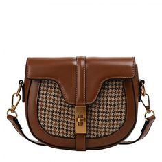 Δωρεάν μεταφορικά άνω των 30€!!  <----------------------------------------->  Γυναικεία ρετρό δερμάτινη τσάντα διακοσμημένη με καρό ύφασμα  FREE Shipping!!!!  #accessoriesτσαντεσ #FashionAccessory #αξεσουάρ #Γυναικείο #Δερμάτινητσάντα #τσανταωμουγυναικεια #τσαντεσοικονομικεσ #φθηνεστσαντεσ #χιαστιτσαντεσ #electra4u #fashion #style #love #instagood #moda #fashionblogger #photogrl #photooftheday #beautiful #fashionista #art #instafashion #summer #lifestyle #girl Saddle Bags, Leather Bag, Handbags, Women, Shoes, Fashion, Leather Products, Tile, Moda