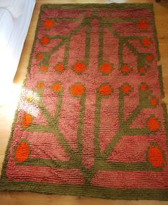 Scandinavian/Finnish, stunning early/mid c Ryijy (Rya) tapestry rug Scandinavian Interior, Scandinavian Style, Rya Rug, Open Weave, All Wall, Rug Hooking, Crotchet, Floor Rugs, Finland
