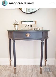 Grey And Gold Upcycled Console Table | #UpcycledTable | #PaintedFurniture