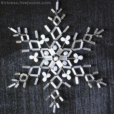 Delicate Snowflakes • tutorial for this snowflake plus pictures for inspiration of an additional 8 designs.