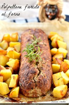 Sicilian stuffed meatloaf, baked in the oven Meat Recipes, Chicken Recipes, Cooking Recipes, Meat Rolls, Potluck Dishes, Sicilian Recipes, Recipe For 4, Secret Recipe, Best Dinner Recipes