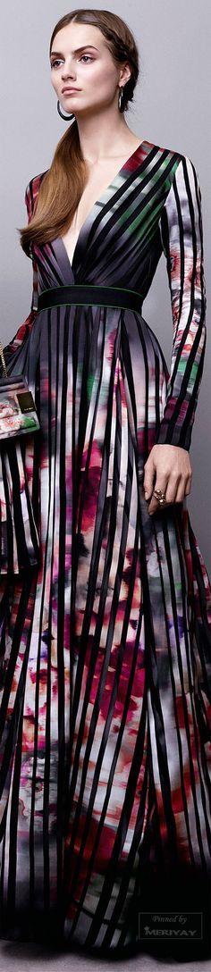 Elie Saab.Pre-Fall 2015.http://www.minitake.com/dresses-px2eyq9-c-894_939.html      jaglady