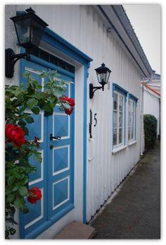 Risør, Norway Trondheim, Stavanger, Land Of Midnight Sun, Scandinavian Cottage, Norway Viking, Polar Night, Kristiansand, Beautiful Norway, Lapland Finland