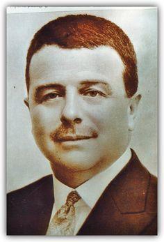 Personajes de Huelva: Manuel Siurot Rodríguez (La Palma del Condado, 1872 - Sevilla, 1940), abogado, juez y magistrado suplente, destaca como pedagogo, dedicó su vida a la enseñanza de niños pobres. Siurot en BUH