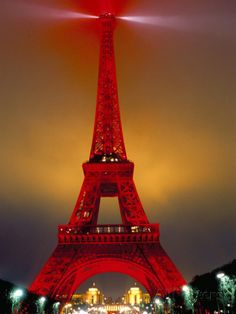 eiffel-tower-decorated-for-chinese-new-year-paris-france