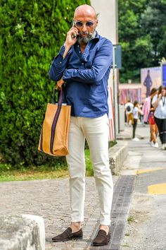 Dope Fashion, Mens Fashion, Bald Men Style, Casual Wear For Men, Herren Outfit, Gentleman Style, Stylish Men, Casual Looks, Casual Styles