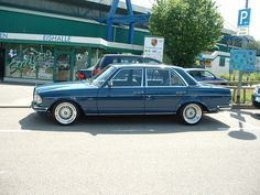 Mercedes-Benz - LOVE a clean old Benz with BBS RS wheels.