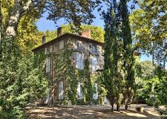 Cézanne's family home in the area known as the Jas...