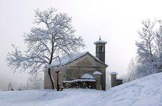 Chiesetta di San Martino in Valle Feltre Belluno Dolomiti Veneto Italia