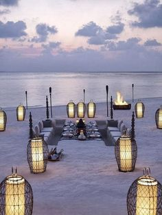 Beach dining at the Dusit Thani Maldives