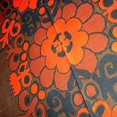 Table cloth from the 70s. Cotton. Dug - 1970'erne bomuld. #retro #Swedish #textile #1970 #svensk #tekstil #dug. From www.TRENDYenser.com. SOLGT.