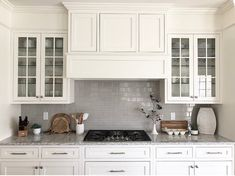 You Need To Know White Shaker Kitchen Cabinets Farmhouse Subway Tile Backsplash 6 Shaker Style Kitchen Cabinets, Shaker Style Kitchens, Kitchen Cabinet Styles, Kitchen Tiles, New Kitchen, Kitchen Decor, Kitchen Grey, Small Kitchens, White Kitchens