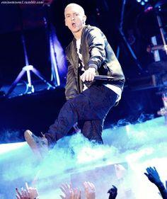 I can stare at you ALL day 🖕☝ Eminem Memes, Eminem Rap, Best Rapper Ever, Best Rapper Alive, Eminem Soldier, Eminem Tattoo, The Eminem Show, The Real Slim Shady, Eminem Slim Shady