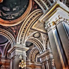 http://instagram.com/unaimensuro Basílica del Pilar. Gracias a todos por utilizar #igerspilares #homoinstagramer #igerszgz #igersaragon #igerspain #zaragoza #blackandwhite #autum #artphoto #city #clouds #elpilar #enfocae #elpilar2013 #en140instantes #elpilarnosetoca #iglovers #instapic #ig_planet #instagramers #igersworldwide #igersoftheday #miziudad #monochrome #marca_spain #somosinstagramers #urban #vintage