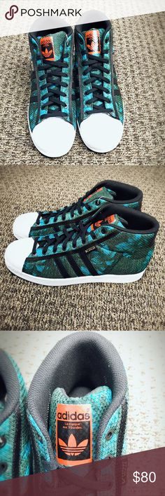 New Adidas x Dupont Kevlar Colab Superstar US11.5 Adidas X Dupont Kevlar Colab Superstar Pro Model. New never worn. Size US11.5, UK11. Sorry, no trades. Thanks for looking!! Adidas Shoes Sneakers