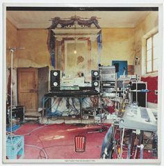 Luigi Ghirri / CCCP, Epica Etica Etnica Pathos, LP 33 giri, Virgin 1990;  Art Cover: Paola Borgonzoni.