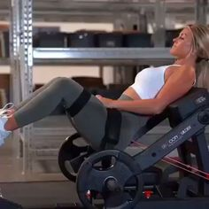 TAG a friend! Here is another great lil home workout for your legs and glutes! 💪🏼 these are 4 of my staple exercises in my… Gym Tips, Gym Workout Tips, Fitness Workout For Women, Butt Workout, Body Fitness, Physical Fitness, Workout Videos, Fitness Tips, Best Gym Equipment