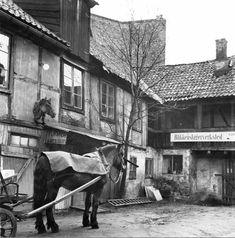 Bakgård, Brogaten 6, Oslo (1936?) – Document