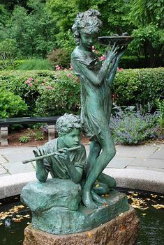 Burnett Fountain - In Conservatory Garden at 104th Street and Fifth Avenue - Central Park Conservancy, New York City