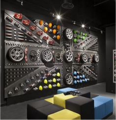 Automotive Shops, Workspace Design, Garage Design, Shop Ideas, Ideas Para, Signage, Workshop, Creative, Nice