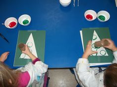 Living the Teaching Life: Toilet Paper Roll Christmas Trees