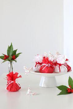 ★くじ付きで楽しむお正月♪フラワーペーパーでお菓子をラッピング