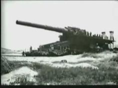 Worlds biggest gun Railway Gun, Germany Ww2, Rail Car, War Photography, Ww2 Tanks, Big Guns, Military Weapons, German Army, Us History