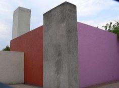 Luis Barragán's San Cristobal Stables