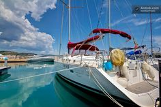 What's better than a holiday in a complete sailboat with every comfort? Ligurian Riviera, Côte d'Azur, Corsica or Sardinia. Cool!