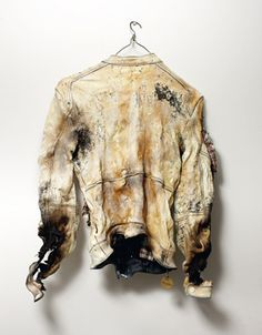 Jacque and Alice. Burnt clothes could also be a good form of deterioration to exhibit decay and the sense of being strung out. Decay Art, Mode Hip Hop, Hansel Y Gretel, A Level Textiles, Growth And Decay, E Mc2, Art Textile, A Level Art, Fashion Art