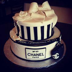Chanel couture birthday cake www.cafeattila.com