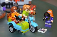 The Scooby-Doo scoop at Toy Fair 2015 | The Brothers Brick | LEGO Blog