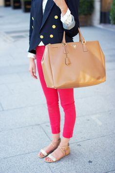 White chambray, pink skinny jeans, navy blazer, gold sandals, and a big beige Prada tote Preppy Style, Style Me, Preppy Girl, The Brunette, Pink Skinny Jeans, Vogue, Prada Handbags, Prada Bag, Pink Pants