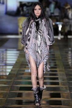 Roberto Cavalli Fall 2010 Ready-to-Wear - Collection - Gallery - Style.com