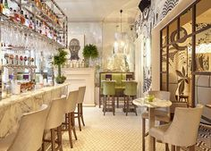 A chic hotel with an award-winning restaurant and a prime George Street location – includes breakfast