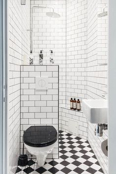 Related posts: great bathroom design ideas for small spaces 80 Cool Small Master Bathroom Remodel Ideas Small Bathroom Design Ideas Modern Small Bathroom Decor Ideas On A Budget Beautiful Small Bathrooms, Tiny Bathrooms, Tiny House Bathroom, Bathroom Design Small, Bathroom Interior Design, Basement Bathroom, Very Small Bathroom, Attic Bathroom, Kitchen Small